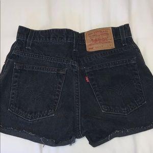 black levis denim shorts